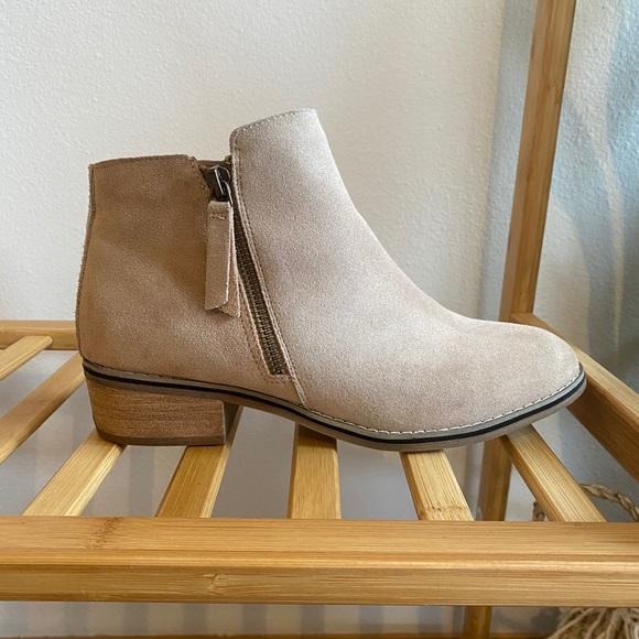 Blondo Shoes | Linda Waterproof Bootie